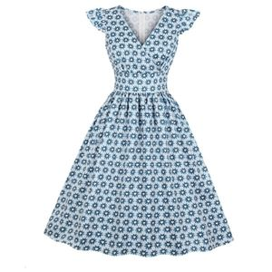 Dresses & Skirts - Pinup blue floral dress